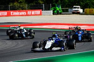 Nicholas Latifi, Williams FW43B, Esteban Ocon, Alpine A521, en Robert Kubica, Alfa Romeo Racing C41, en Sebastian Vettel, Aston Martin AMR21