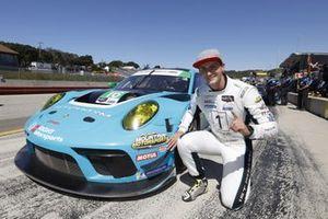 Le vainqueur du trophée de la pole position Motul #16: Wright Motorsports Porsche 911 GT3R, GTD: Trent Hindman