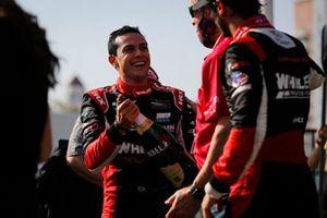 #31: Whelen Engineering Racing Cadillac DPi, DPi: Felipe Nasr, Pipo Derani champagne