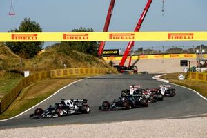 Yuki Tsunoda, AlphaTauri AT02, Sebastian Vettel, Aston Martin AMR21, Robert Kubica, Alfa Romeo Racing C41, Mick Schumacher, Haas VF-21, and Nikita Mazepin, Haas VF-21