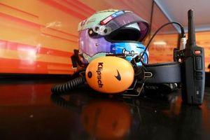 Daniel Ricciardo, McLaren helmet
