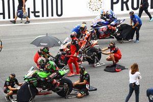 Jonathan Rea, Kawasaki Racing Team WorldSBK, Michael Ruben Rinaldi, Aruba.It Racing - Ducati, Toprak Razgatlioglu, PATA Yamaha WorldSBK Team