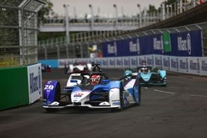 Maximilian Gunther, BMW i Andretti Motorsport, BMW iFE.21, Mitch Evans, Jaguar Racing, Jaguar I-TYPE 5