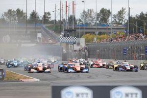 Scott Dixon, Chip Ganassi Racing Honda, Alex Palou, Chip Ganassi Racing Honda, au départ