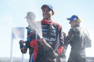 #31: Whelen Engineering Racing Cadillac DPi, DPi: Felipe Nasr, Pipo Derani, Champagne