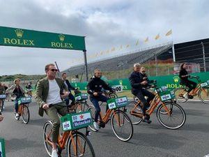 Cycling with Robert Doornbos, Jan Lammers and David Coulthard at Circuit Zandvoort
