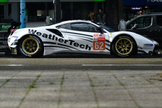 #62 Weathertech Racing Ferrari 488 GTE