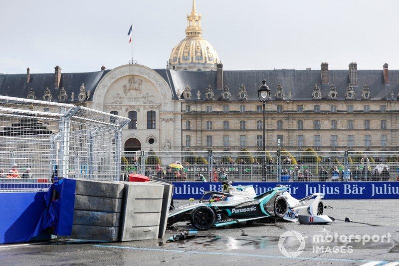 Alex Lynn, Panasonic Jaguar Racing, Jaguar I-Type 3, choca con la barrera Edoardo Mortara Venturi Formula E, Venturi VFE05