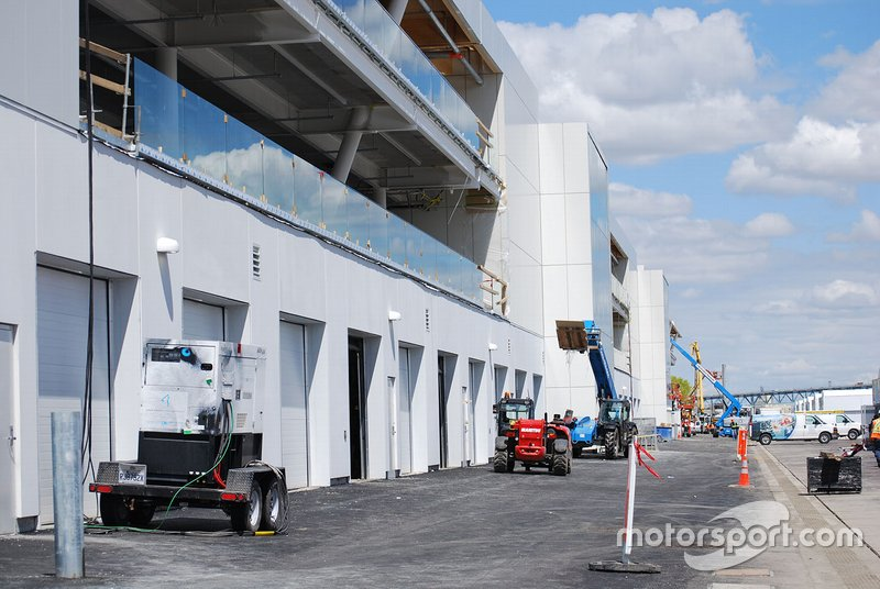 Neues Boxengebäude am Circuit Gilles Villeneuve in Montreal