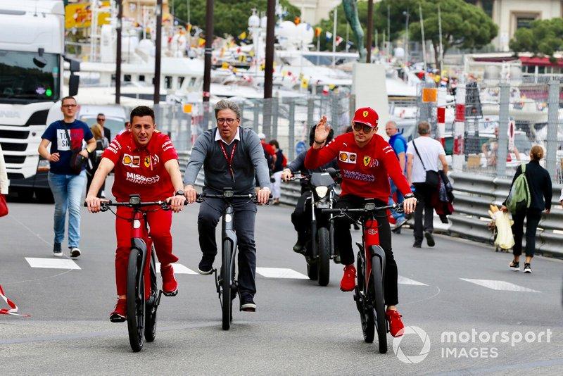 Charles Leclerc, Ferrari su una bici