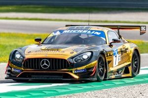 #7 Villorba Corse Mercedes-AMG GT3: Roberto Pampanini, Mauro Calamia, Stefano Monaco