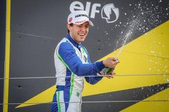 Podium race 1: tweede Joao Vieira, JD motorsport