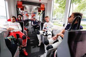 Jérôme d'Ambrosio, Mahindra Racing, Sam Bird, Envision Virgin Racing et Robin Frijns, Envision Virgin Racing dans le tram