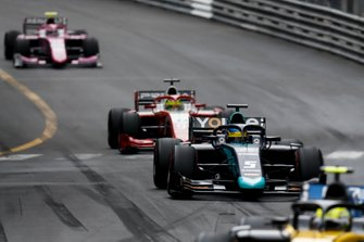 Luca Ghiotto, UNI Virtuosi Racing, Sergio Sette Camara, Dams and Mick Schumacher, Prema Racing
