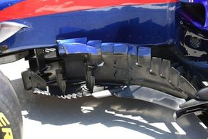 Toro Rosso STR14, barge boards