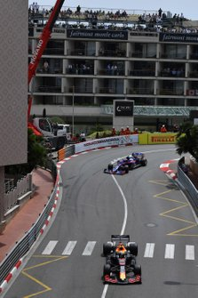 Max Verstappen, Red Bull Racing RB15, leads Alexander Albon, Toro Rosso STR14