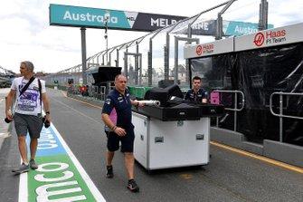Racing Point-personeel pakt in