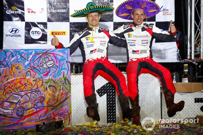 Mit Toyota muss sich Ogier nach sechs Siegen in Folge bei der Rallye Monte-Carlo zwar erstmals geschlagen geben, doch schon beim dritten WM-Lauf in Mexiko triumphieren er und Ingrassia zum ersten Mal. Damit hat Ogier für vier verschiedene Hersteller WM-Rallyes gewonnen.