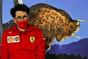 Mattia Binotto, Ferrari director del equipo en la conferencia de prensa