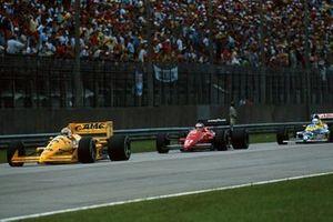 Nelson Piquet, Lotus 100T, Michele Alboreto, Ferrari F1/87-88C, Riccardo Patrese, Williams FW12