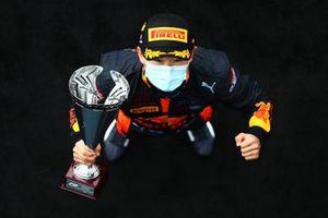 Winnaar Yuki Tsunoda, Carlin