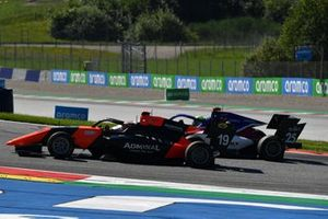Lukas Dunner, MP Motorsport, leads David Schumacher, Charouz Racing System