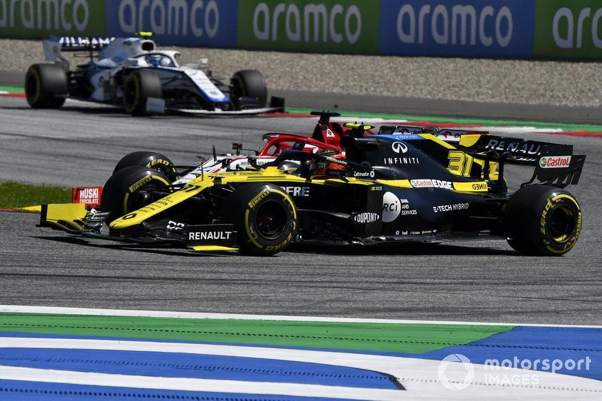 Esteban Ocon, Renault F1 Team R.S.20, Kimi Raikkonen, Alfa Romeo Racing C39