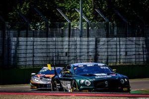 #9 K-Pax Racing Bentley Continental GT3: Andy Soucek, Jordan Pepper, Alvaro Parente