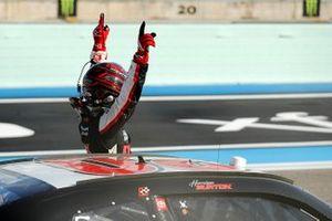 Ganador Harrison Burton, Joe Gibbs Racing, Toyota Supra