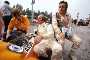 Alastair Caldwell, Denny Hulme et Peter Revson, McLaren