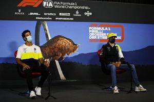 Daniel Ricciardo, Renault F1 y Esteban Ocon, Renault F1 en la conferencia de prensa