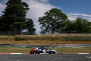 #474 Porsche 718 Cayman S: Wolfgang Weber, Alex Fielenbach