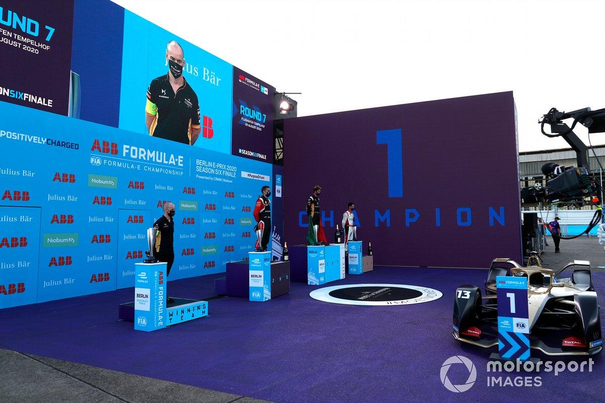 Podio: ganador Antonio Felix da Costa, DS Techeetah, tercer lugar Lucas Di Grassi, Audi Sport ABT Schaeffler y segundo lugar Sébastien Buemi, Nissan e.Dams