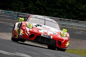 #31 Frikadelli Racing Team Porsche GT3 R: Kévin Estre, Michael Christensen