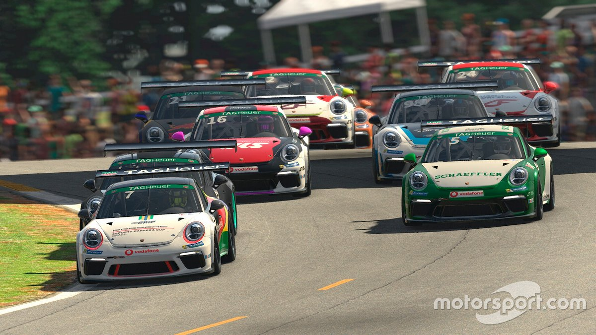 Jeff Giassi na Porsche Esports Supercup