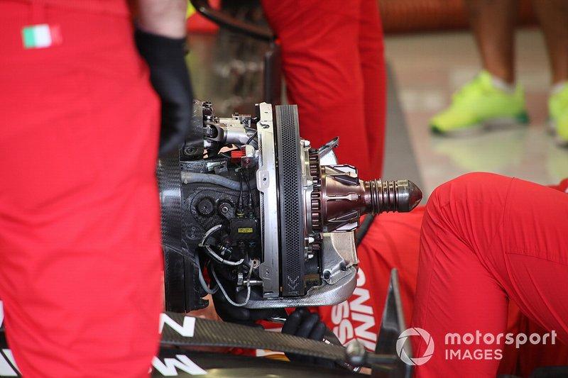 Ferrari SF90, dettaglio dei freni