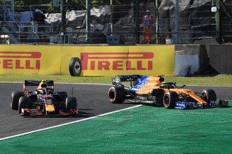 Alex Albon, Red Bull RB15, passes Lando Norris, McLaren MCL34