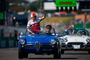 Kimi Raikkonen, Alfa Romeo Racing, in the drivers parade