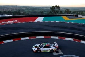 #9 Lechner Racing Porsche 911 GT3 R: Saul Hack, Lars Kern, Dylan Pereira