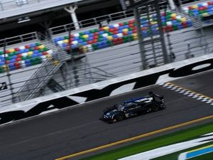 #10 Wayne Taylor Racing Cadillac DPi-V.R. Cadillac DPi, DPi: Renger Van Der Zande, Ryan Briscoe, Scott Dixon
