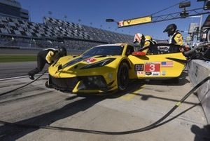 #3 Corvette Racing Corvette C8.R, GTLM: Antonio Garcia, Jordan Taylor, Nicky Catsburg - pit stop