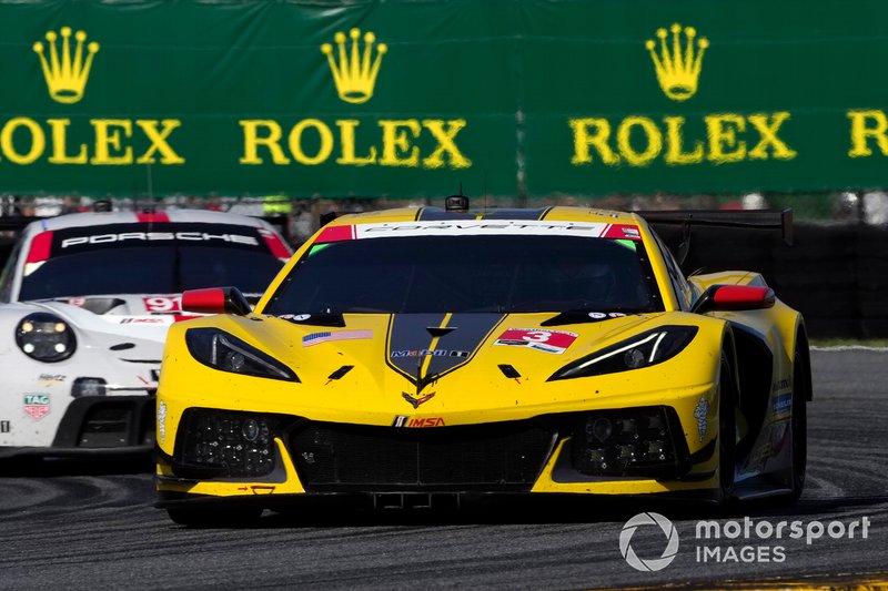 #4 Corvette Racing Corvette C8.R, GTLM: Oliver Gavin, Tommy Milner, Marcel Fassler, #912 Porsche GT Team Porsche 911 RSR - 19, GTLM: Laurens Vanthoor, Earl Bamber, Mathieu Jaminet