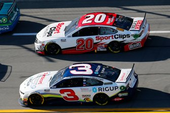 Austin Dillon, Richard Childress Racing, Chevrolet Camaro, Erik Jones, Joe Gibbs Racing, Toyota Camry Sports Clips