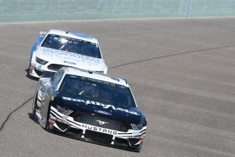 Aric Almirola, Stewart-Haas Racing, Ford Mustang Smithfield, Ryan Newman, Roush Fenway Racing, Ford Mustang Wyndham Rewards