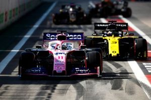 Sergio Perez, Racing Point RP19, leads Daniel Ricciardo, Renault F1 Team R.S.19