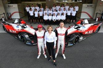 Felipe Massa, Venturi, EQ Silver Arrow 01, Edoardo Mortara, Venturi, EQ Silver Arrow 01, Susie Wolff, Team Principal, Venturi with the team