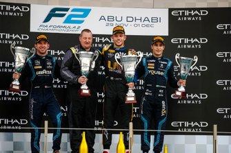 Luca Ghiotto, UNI Virtuosi Racing, festeggia la vittoria sul podio con Nicholas Latifi, Dams e Sergio Sette Camara, Dams