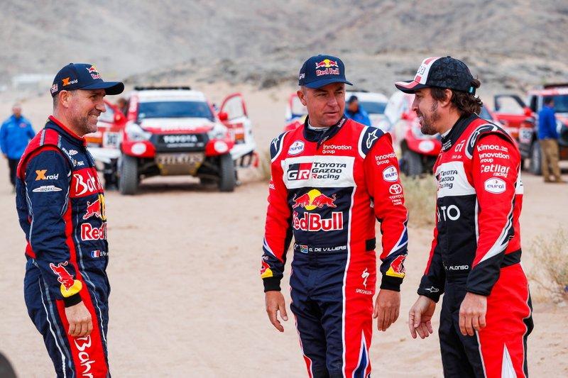 #302 JCW X-Raid Team: Stephane Peterhansel, #304 Toyota Gazoo Racing: Giniel De Villiers, #310 Toyota Gazoo Racing: Fernando Alonso