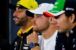 Daniel Ricciardo, Renault F1 Team, Valtteri Bottas, Mercedes AMG F1 and Sergio Perez, Racing Point In the Press Conference