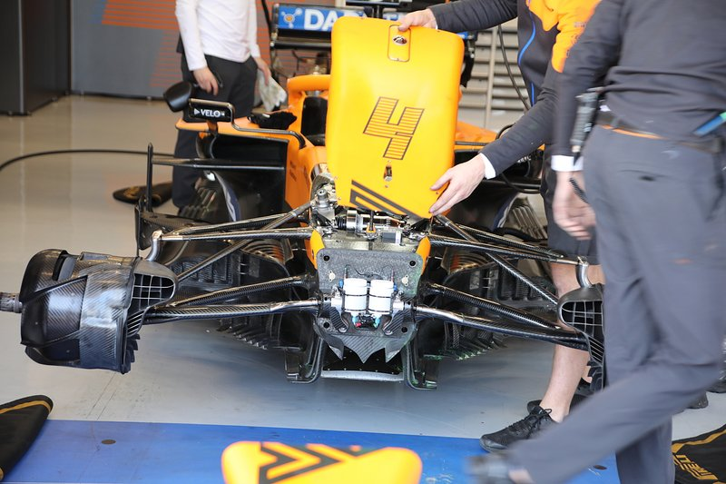 McLaren MCL35 front